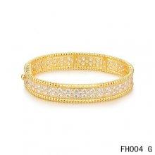 Van Cleef Arpels Perlee Bracelet with Diamonds Yellow Gold-Medium Model