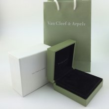 Ordinary Van Cleef & Arpels Bracelets Box (Box and Shopping Bag)